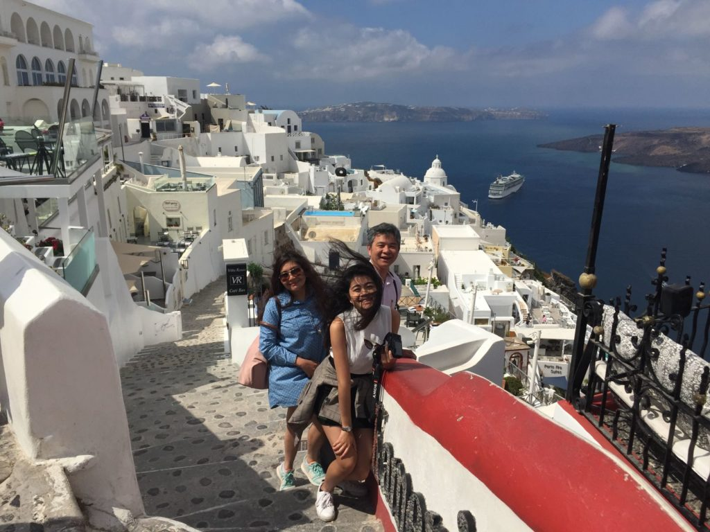 What is the best time to visit Santorini Greece?