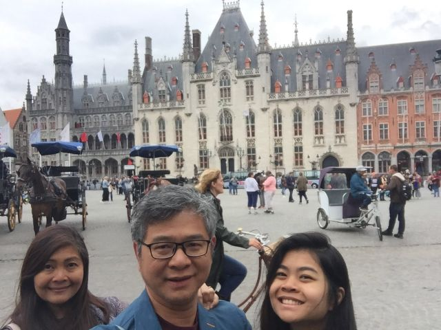 the MARKT in Bruges